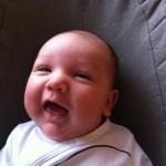 Smilende baby Mads